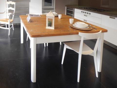 Tavolo laccato bianco con piano in bricola | Cerantola